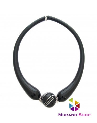 Ожерелье с черной полосатой бусиной